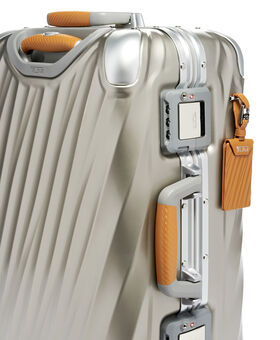 Internationales Handgepäck 19 Degree Titanium