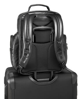 TUMI T-Pass® Business Class Brief Pack®-Rucksack aus Leder Alpha 2